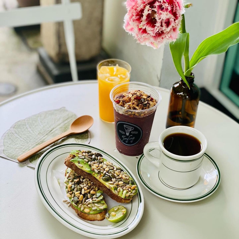 Tiny Cup Café Menu